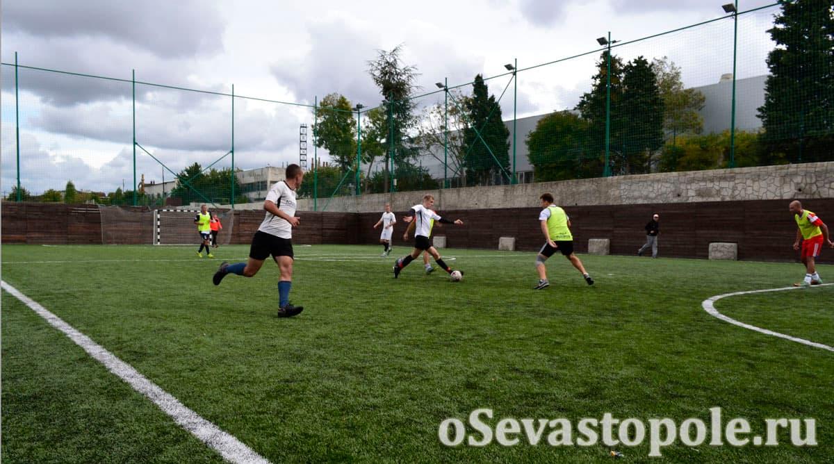 Футбольное поле спортивный комплекс Муссон Севастополь