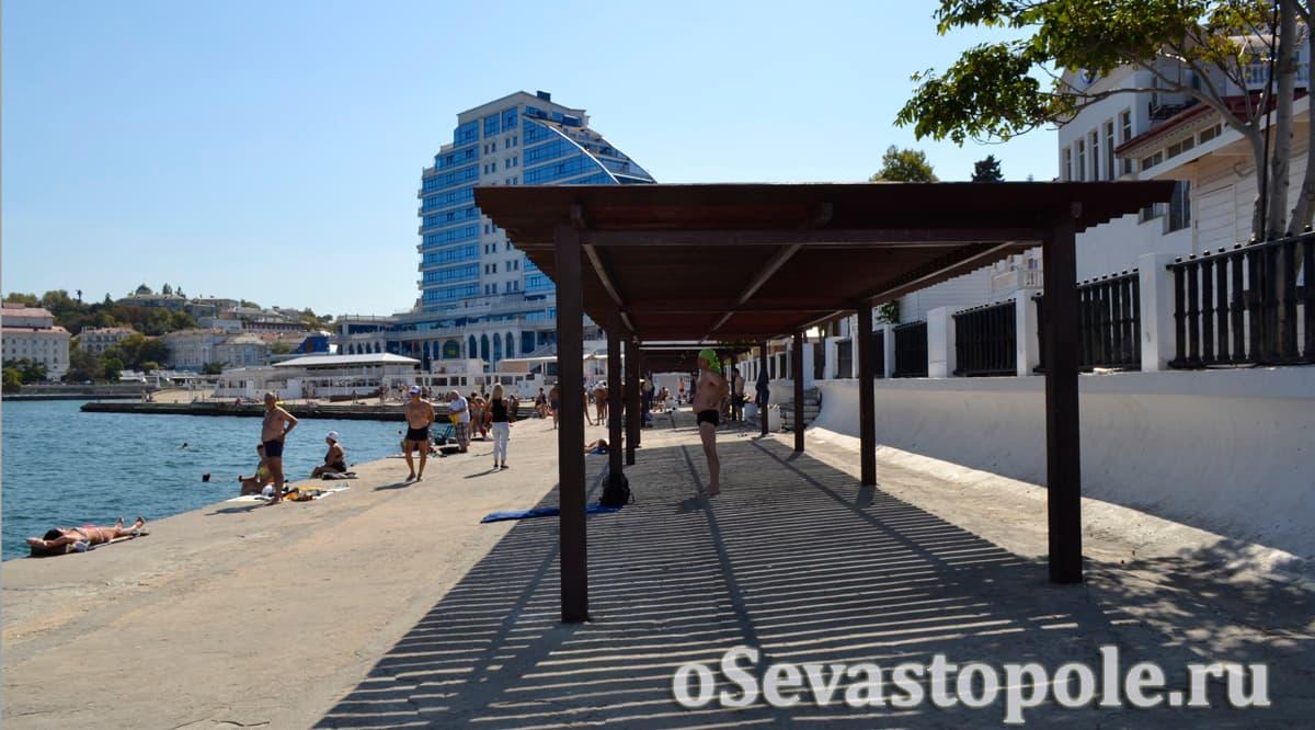 Пляж Хрустальный в Севастополе фото