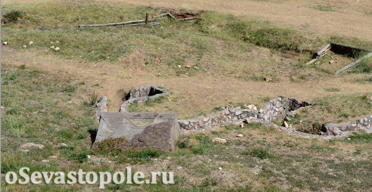 Реконструкция траншей на склонах Сапун-горы в Севастополе