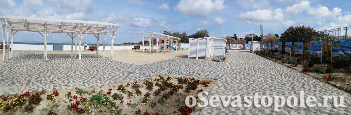 Дорожки из плитки на Солдатском пляже в Севастополе
