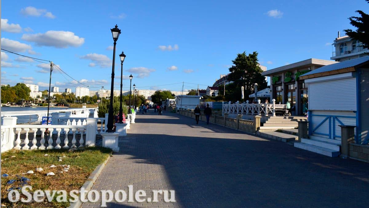 Кафе и бары на пляже Омега в Севастополе