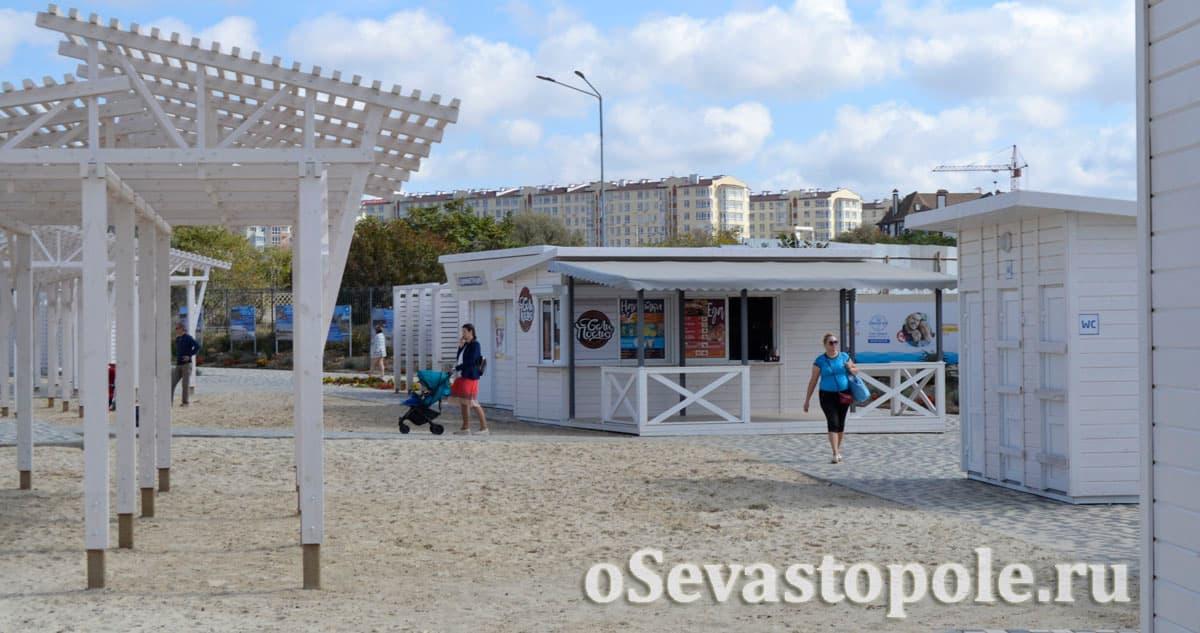 Кафе на Солдатском пляже в Севастополе