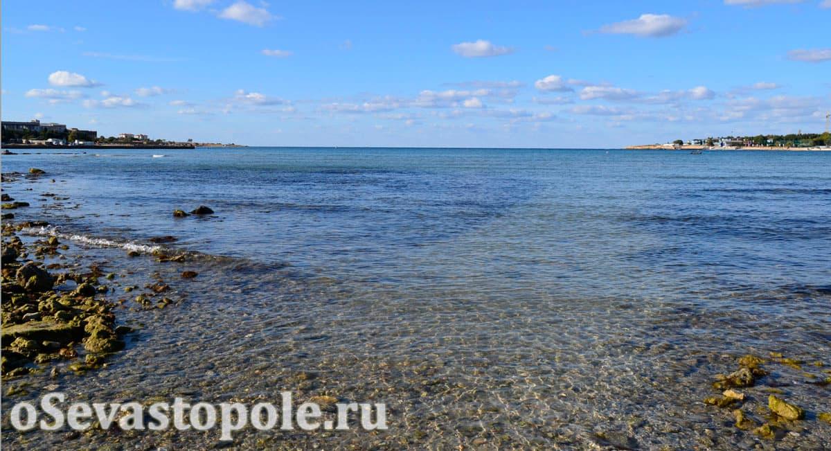 Лягушатник на пляже Омега в Севастополе