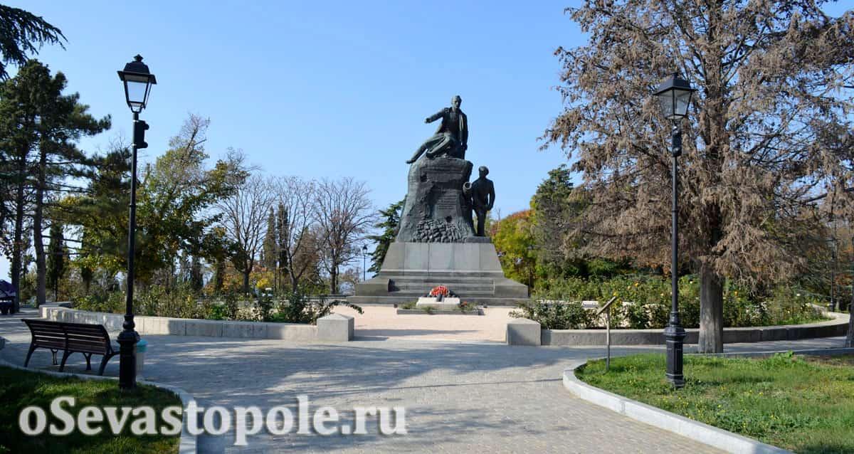 Место ранения адмирала Корнилова на Малаховом кургане