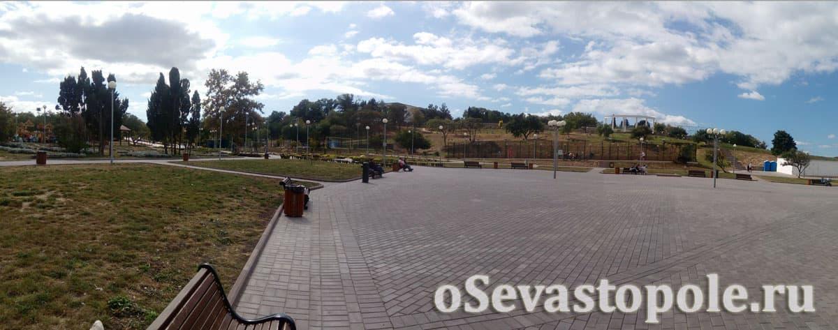 Нижний ярус парка Ахматовой в Севастополе