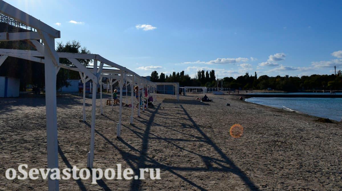 Отдых на пляже Омега в Севастополе