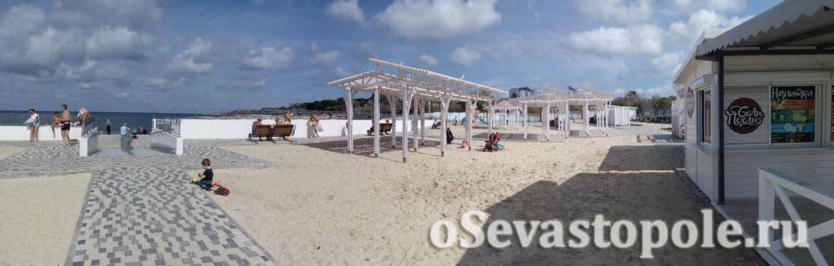 Верхний ярус на Солдатском пляже в Севастополе