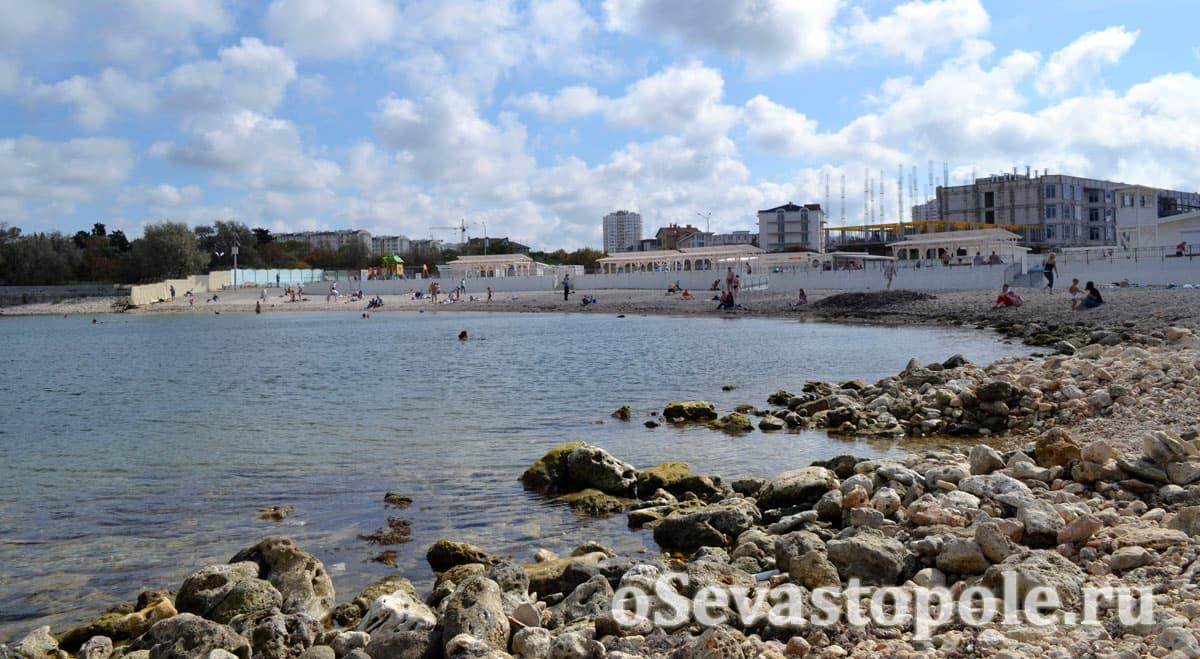 Вид на Солдатский пляж в Севастополе