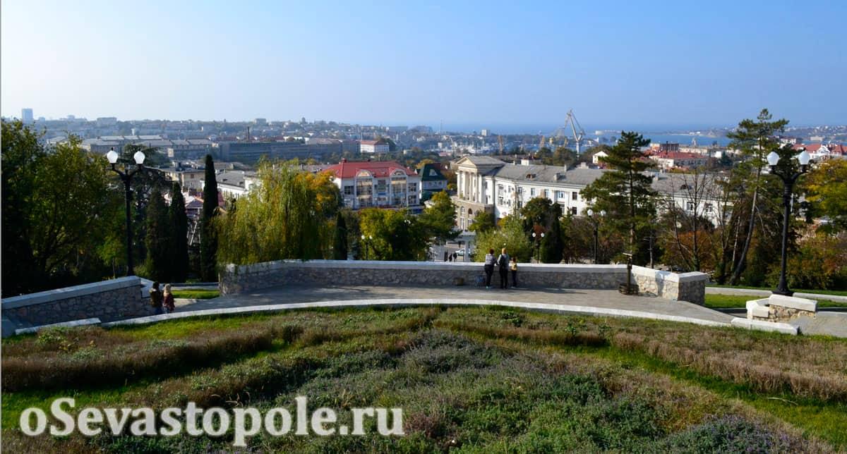 Вид с Малахова кургана в Севастополе