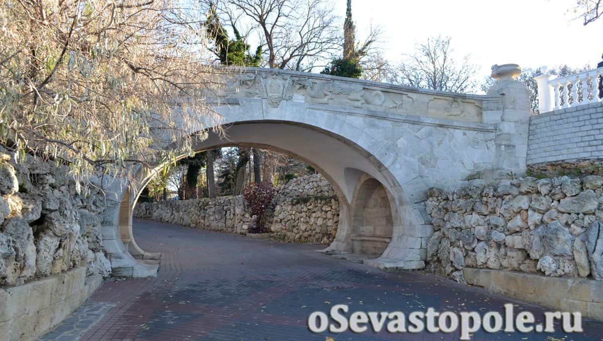 Драконий мостик Севастополя