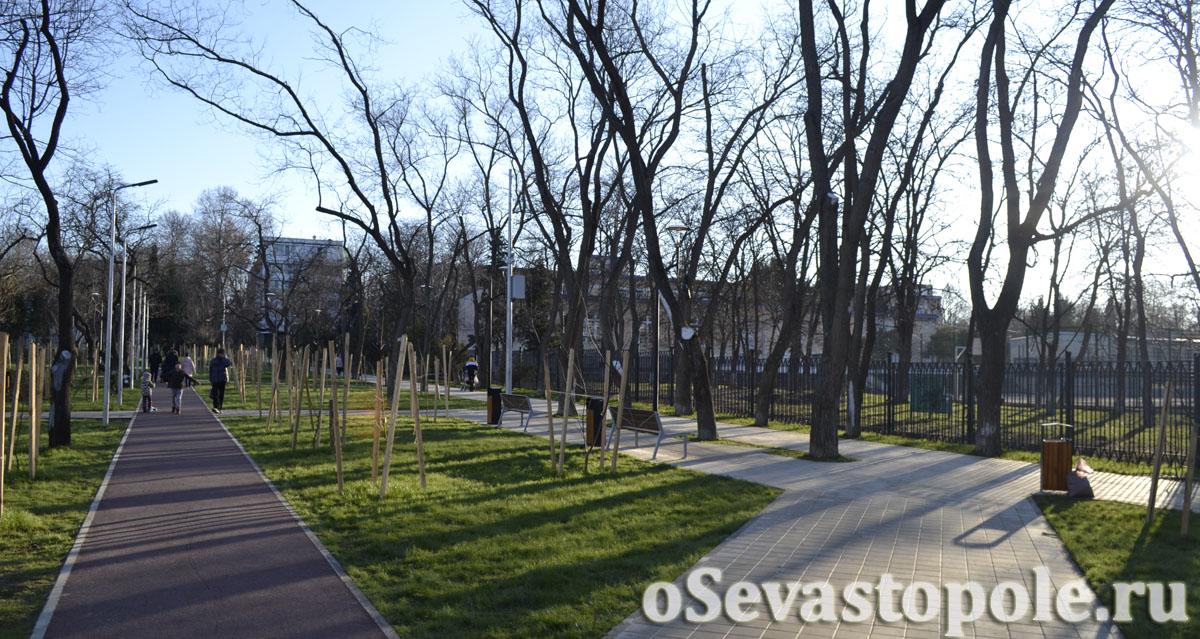 Фото парка 60-летия СССР в Севастополе
