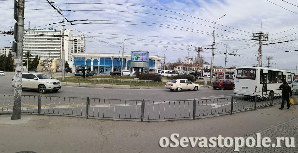 Площадь Восставших в Севастополе фотография
