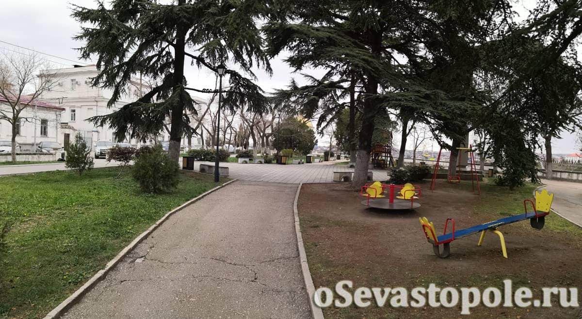 Сквер Бузина в Севастополе