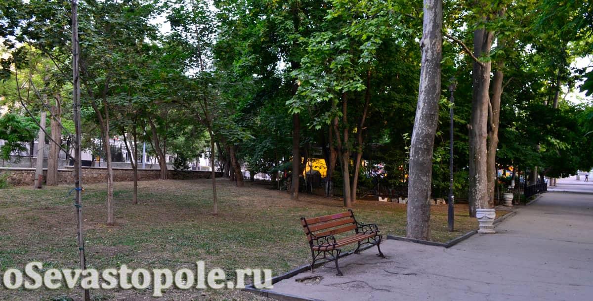 Комсомольском парк Севастополь фотография