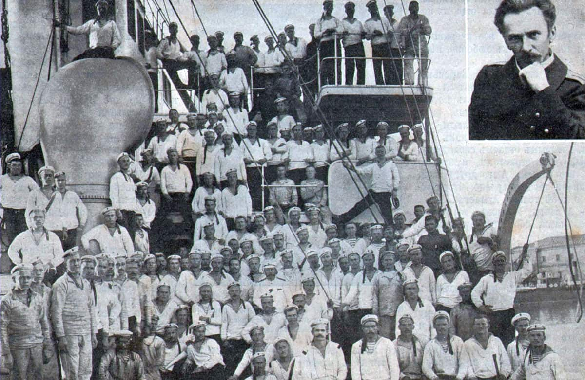 Команда крейсера «Очаков» за две недели до восстания 1905 г.