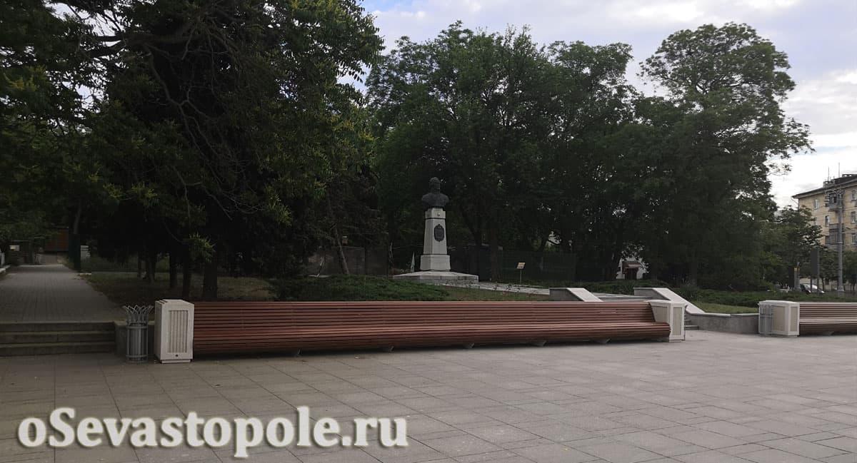 памятник Федору Ушакову