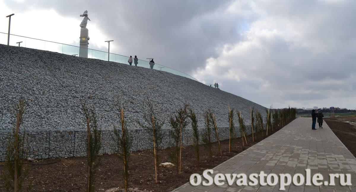 Карантинная Набережная в Севастополе