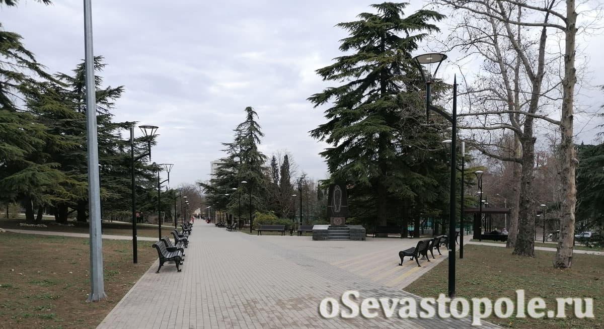 Сквер Севастопольских курсантов