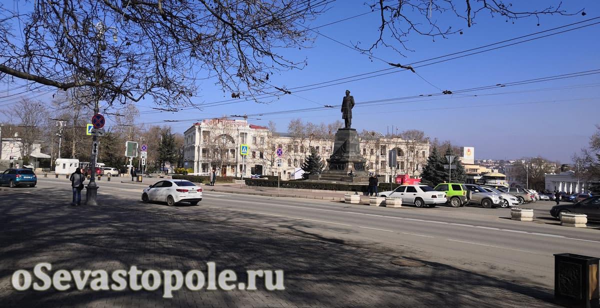 центральная площадь в Севастополе