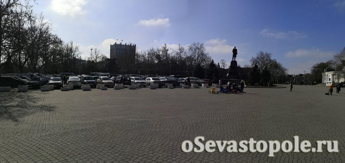 площадь Нахимова в городе Севастополь